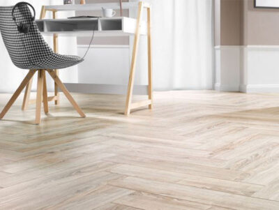 CANARIES OAK HERRINGBONE
